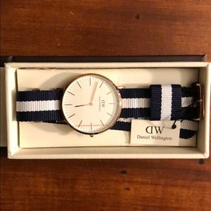 Daniel Wellington Classic Glasgow Watch